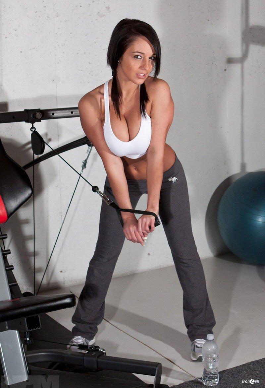 Секса в спортзал 9 фотография